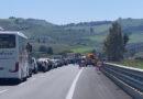 Incidente sulla A29 Direzione Palermo Mazara, auto finisce sotto un camion, illeso l'autista dell'auto