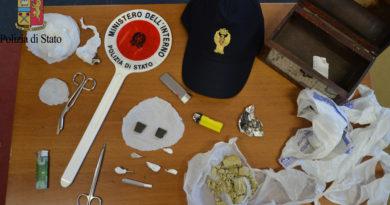 Mazara del Vallo – Operazione antidroga con sequestro di 65,24 grammi di eroina, 1,7 grammi di cocaina e crack, 6 grammi di hascisc e l'arresto di un cittadino mazarese.
